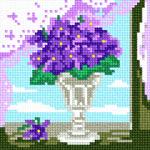 O·1120: Букет фіалок в кришталевій вазі